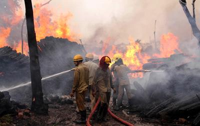查謨一木材廠發生火災