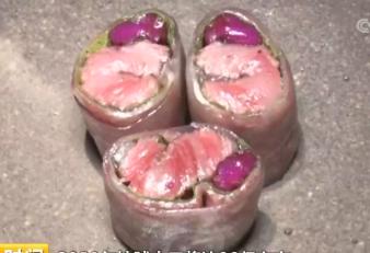 """日本首次培育出肌肉组织的""""人造牛排"""" 你敢吃吗?"""