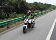 摩托车可以上高速了