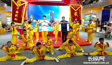 衡水市戳脚功夫亮相2019香港码五分钟一开北京 国际旅游博览会
