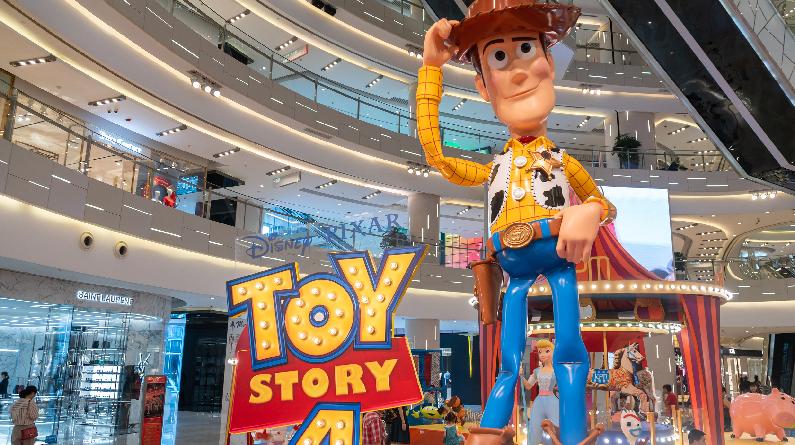 《玩具总动员4》主题特展登陆上海 经典角色集体亮相