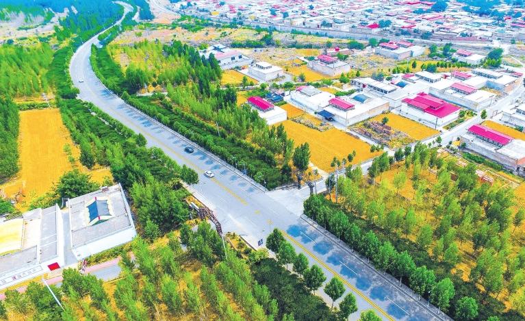 """邯郸:""""四好农村路""""助力乡村振兴"""