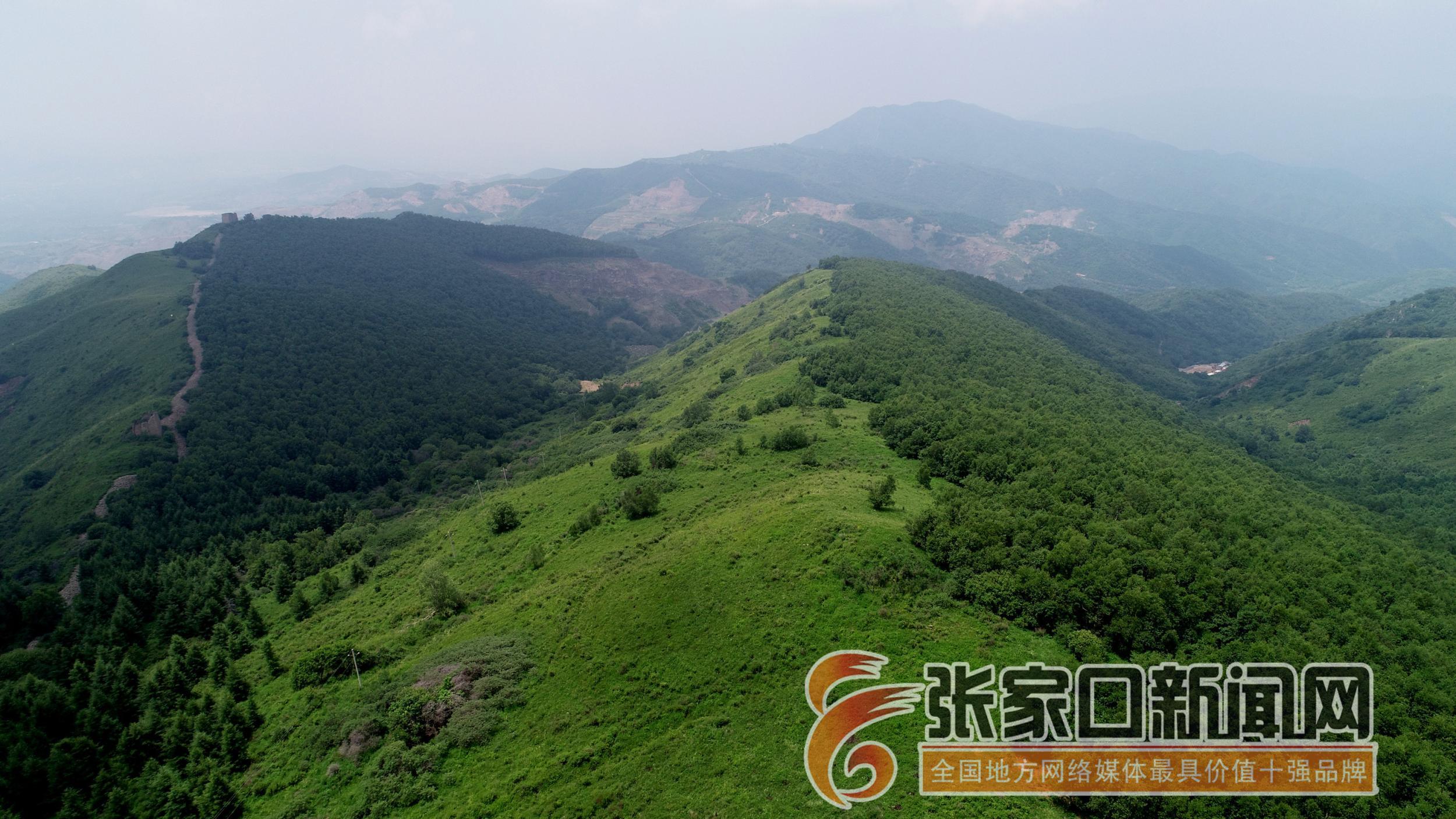 宣化:废弃矿山变身风景区