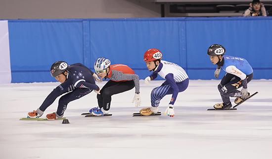 第二届全国青年运动会轮滑与短道速滑全能在河北奥体中心开赛
