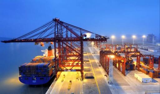 专家谈中国发展:步伐不可阻挡 成果惠及世界