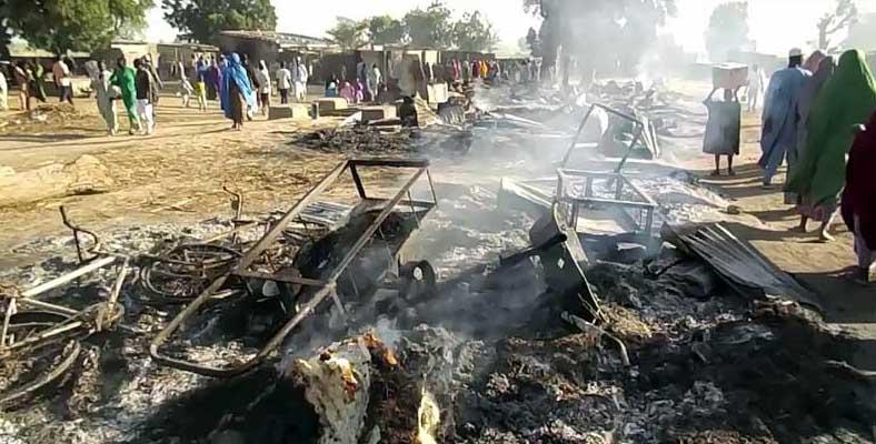 尼日利亚村庄遭武装袭击