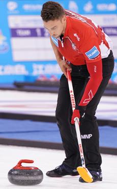 加拿大夺得中国(河北)首届国际混合双人冰壶公开赛桂冠<br>中国队还需积累经验