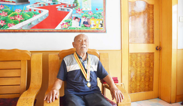 定州90岁老兵讲述峥嵘岁月 珍惜今天的幸福生活