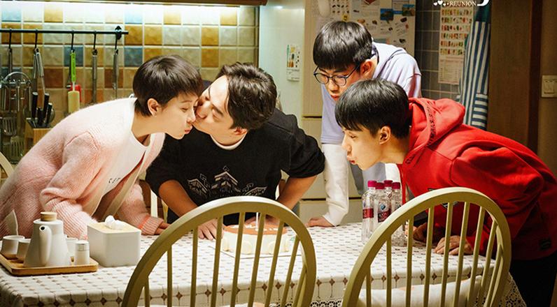 """《小欢喜》""""恋人式母女""""映射中国式父母强控制欲"""