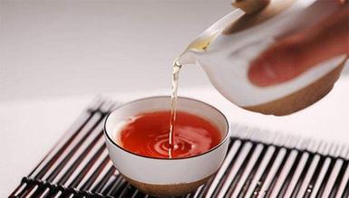 常喝蒲公英茶健胃助消化