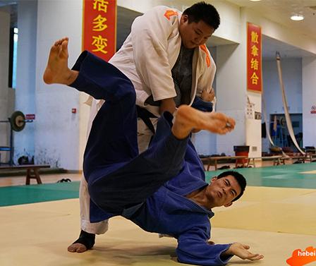 【高清图组】河北盲人柔道队积极备战第十届全国残运会