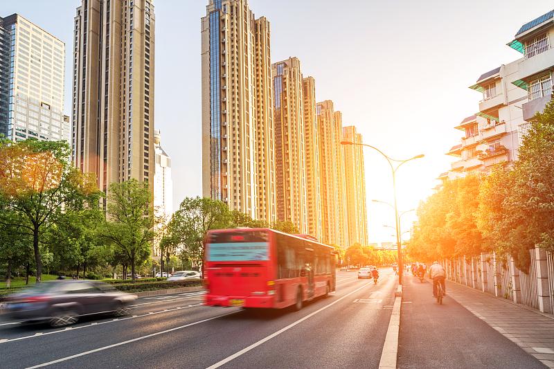 石家庄65周岁以上的老年人将免费乘坐公交车