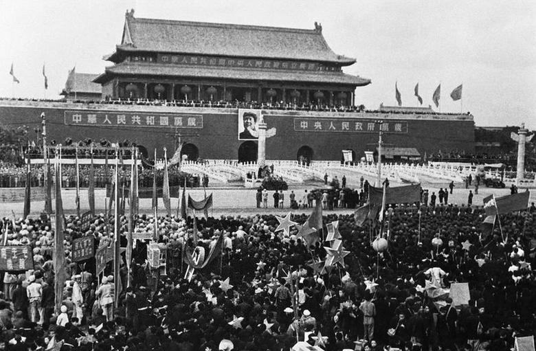新中国诞生