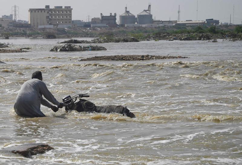 巴基斯坦首都一片汪洋