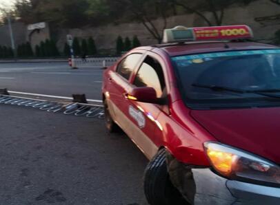 视频|男子怒抢出租车方向盘被提起公诉