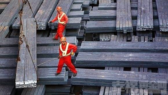 我国钢产量70年激增5873倍