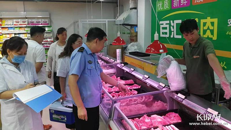 盐山县市监局食品检测走进市场 确保群众饮食安全