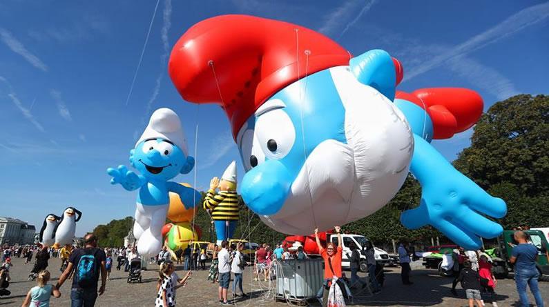 布鲁塞尔举行卡通气球大巡游