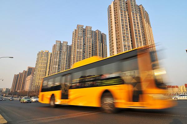沧州市开通、延伸六条大站快车公交线路
