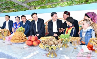 河北省党政代表团到新疆学习考察