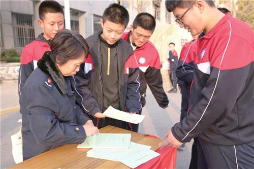 """景县市场监督管理局开展保健食品""""五进""""专项科普宣传"""