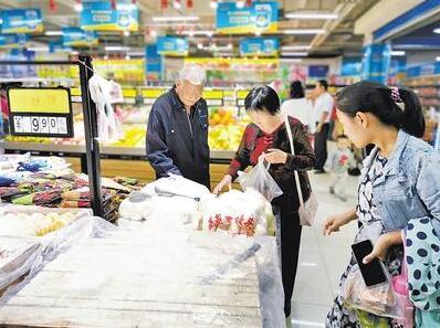 连锁超市进村 农民消费升级