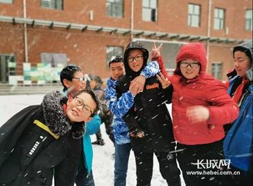 张家口的第一场初雪太美了!