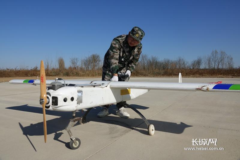 定州市退役军人无人机驾驶员职业教育公益培训班开班