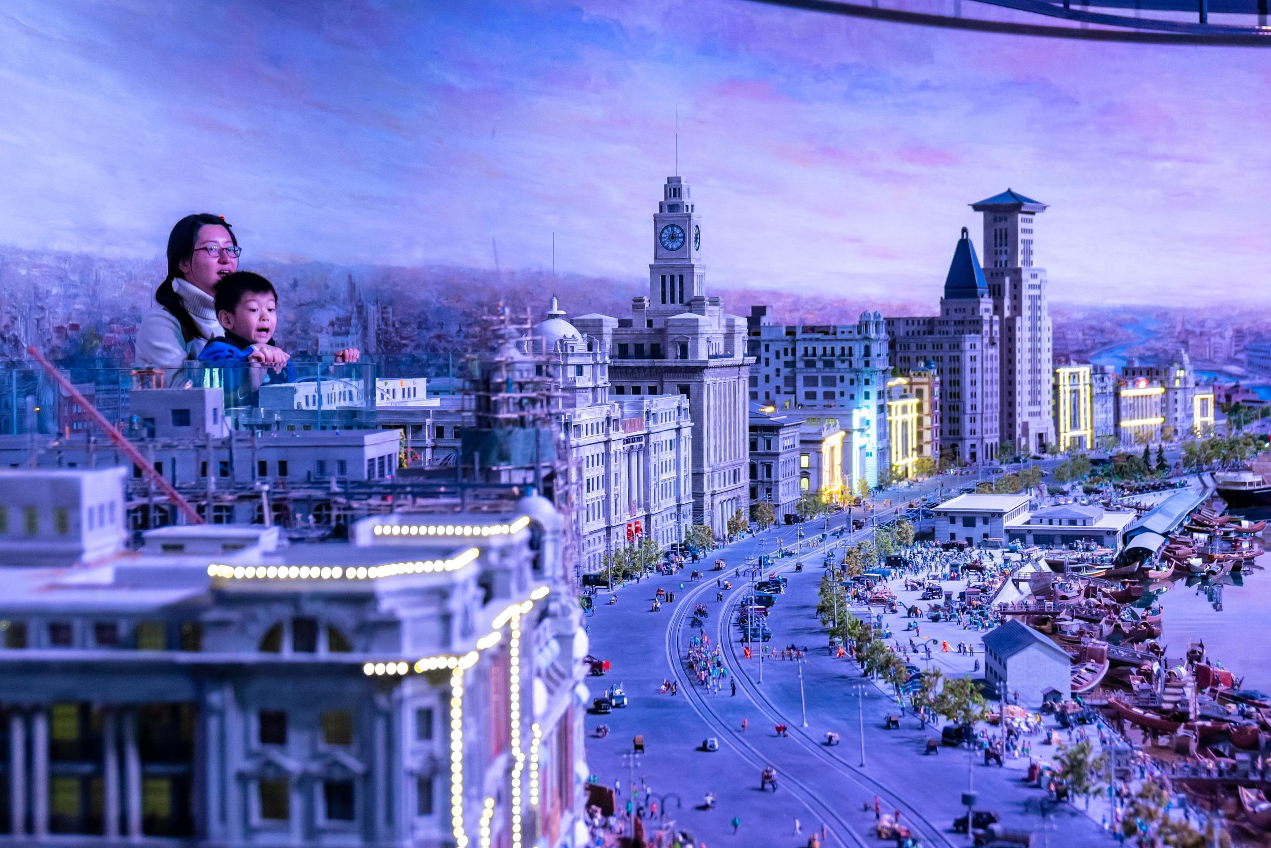 上海:探访中国首家全微缩主题乐园 精致微缩景