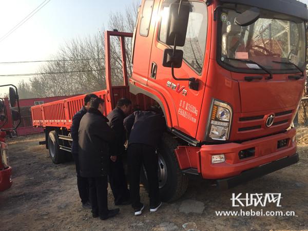 魏县对销售环节新生产机动车环保达标监管工作开展联合执法行动