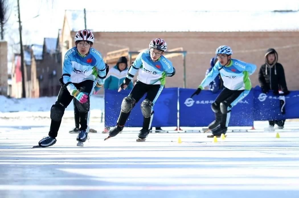 涿鹿县举办首届冰雪运动会