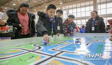 秦皇岛开发区:多彩科技活动 萌芽创新种子