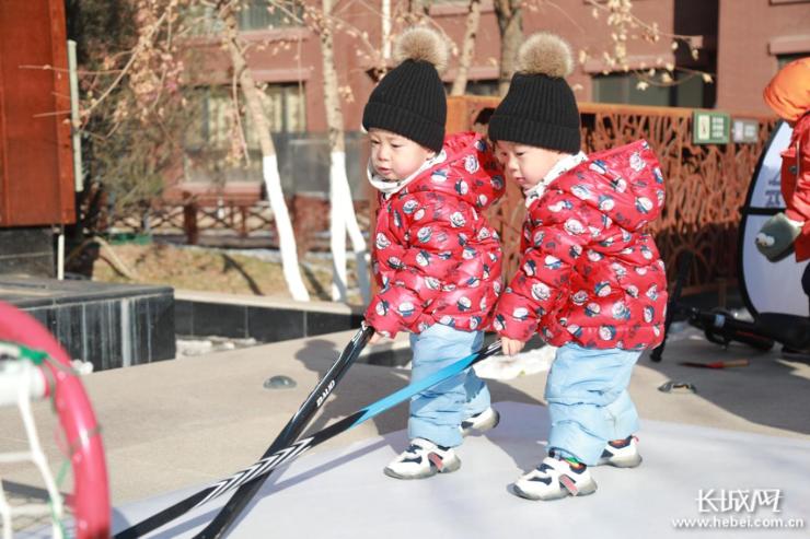 冰雪狂欢 强势来袭 冰雪运动会展示组走进张家口、秦皇岛