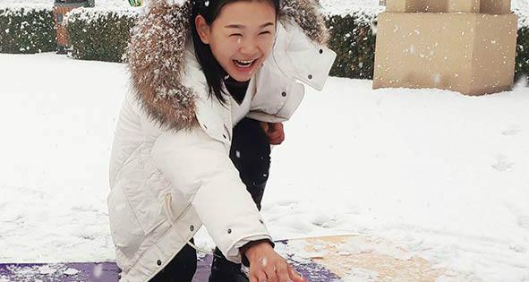 """雪天撒欢儿""""疯""""一回 河北省首届冰雪运动会展示组推广活动走进廊坊市自然公园"""