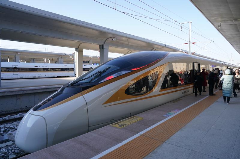 北京至張家口高鐵開通運營