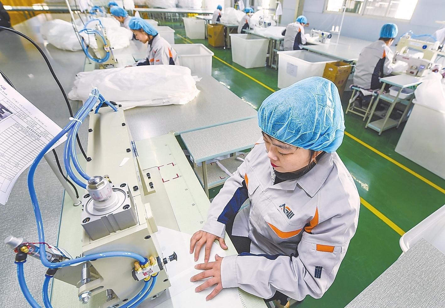 故城:大力发展汽车配套产业