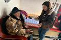 内丘县行政审批局:关爱残疾人 服务送上门