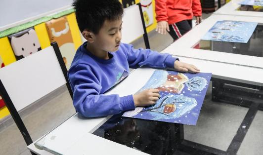 """看!冰雪小画家!河北省冰雪英雄系列活动""""少儿冰雪绘画创意赛""""开赛了!"""