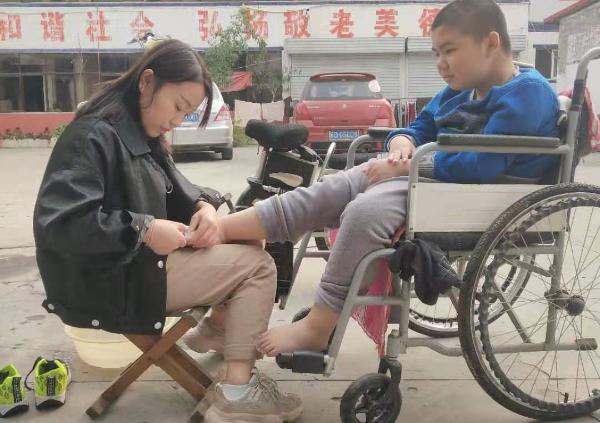 【感动磁县】李君——她用瘦弱肩膀撑起一个家