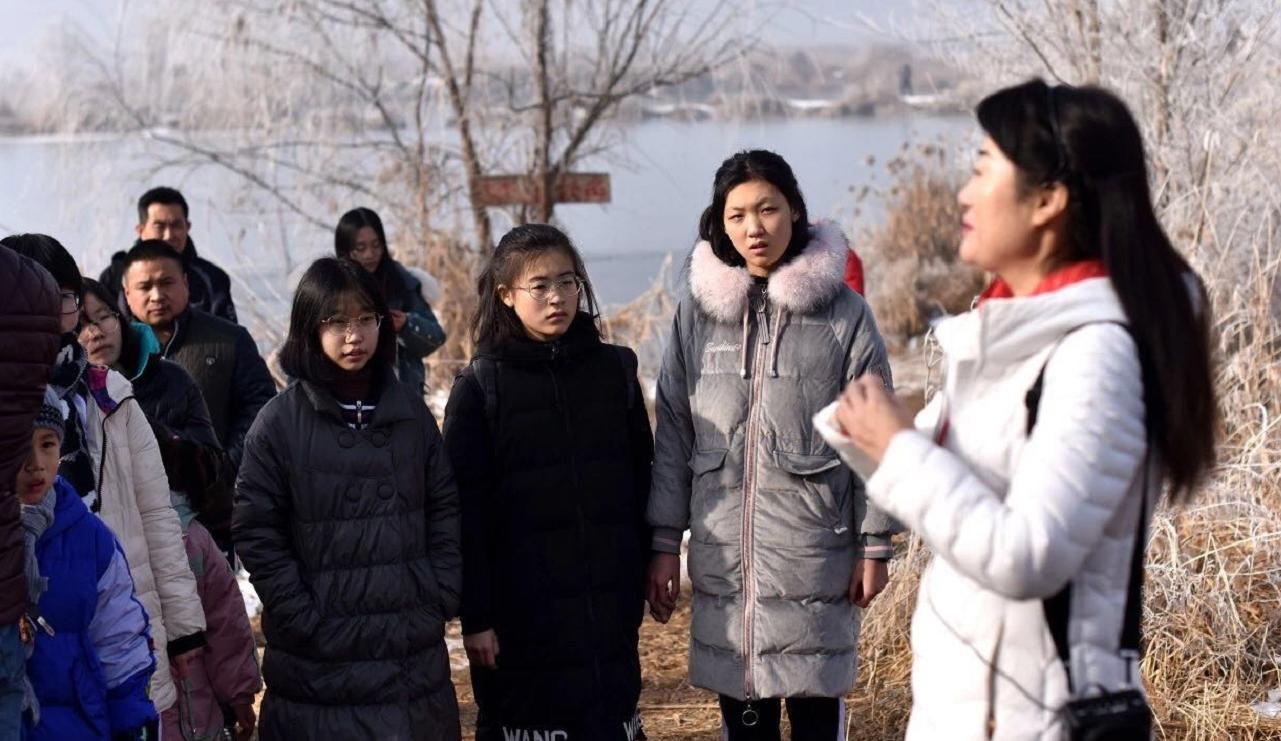 衡中学子积极参与爱护鸟类保护环境公益活动