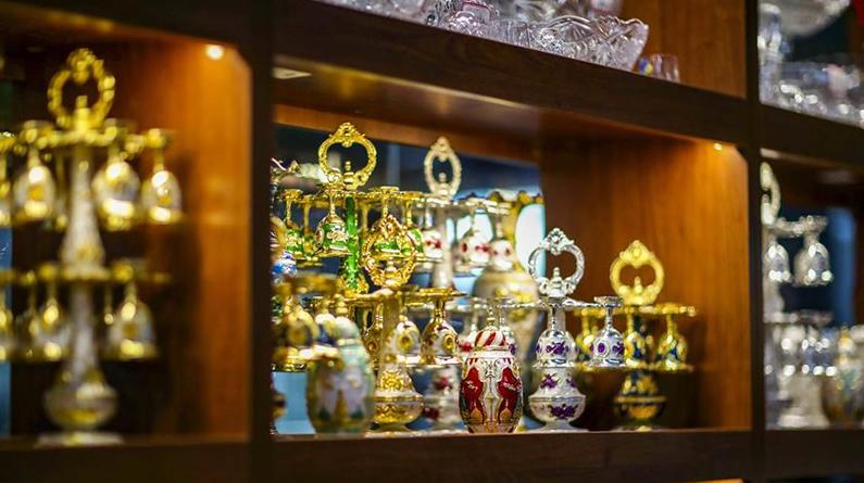 新疆:小城边贸市场节前兴旺