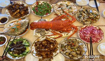 【晒晒我的年夜饭】一样的春节 不一样的年夜饭