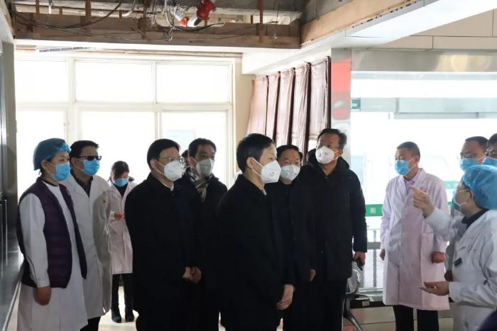 吴晓华调研检查新型肺炎疫情防控工作