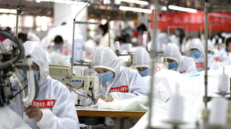 河北衡水:服装企业转产保障防疫物资