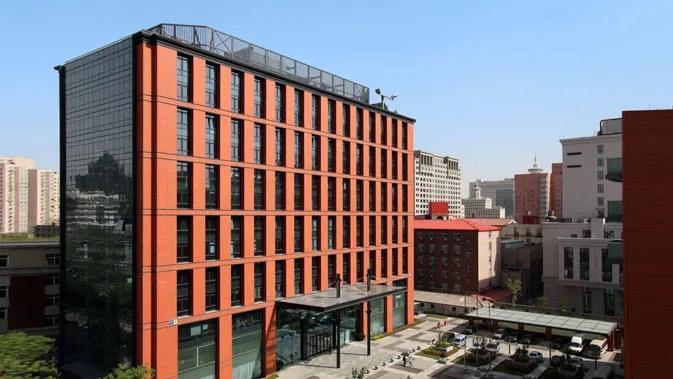 北京一员工隐瞒妻女湖北返京消息致大厦人员全隔离