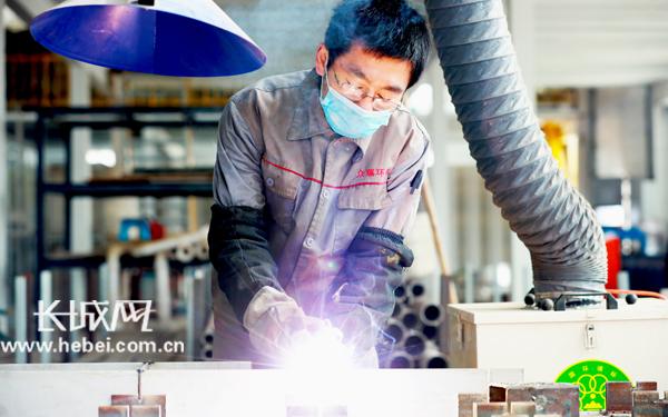 【记者走基层】河北东光:102家规上企业全部复工复产