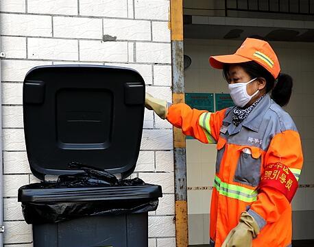 視頻|記者探訪:廢棄口罩都去哪兒了?