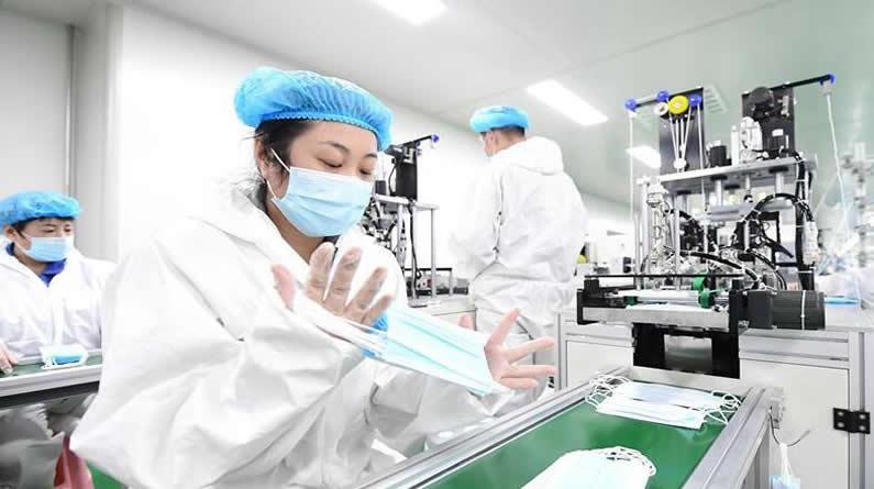 河北唐山:装备制造企业转产防疫物资生产