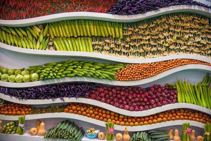"""商務部:""""五一""""假期農產品供應充足 價格下降"""