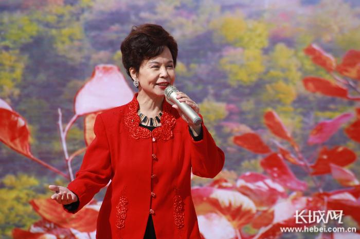 """""""2020邢台九龙峡红叶诗会""""诗意绽放引来八方游客"""